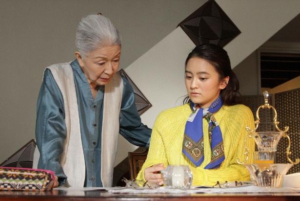 「春のミステリーナイト『静おばあちゃんにおまかせ』」シーンカット