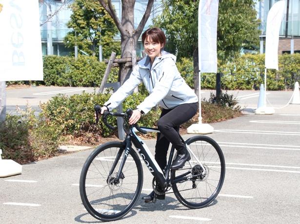 一戸恵梨子も試乗し、BESVの快適さを体験した