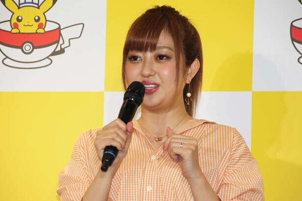 「ポケモンセンタートウキョーDX&ポケモンカフェ」のオープニングセレモニーに登壇した菊地亜美