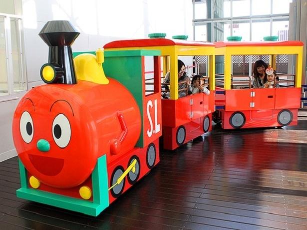走る!乗れる!ロードトレイン「SLマン」 / 開催中~6月10日(日) 3月から6月上旬までみんなを乗せて走る