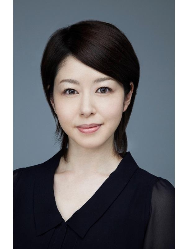 天馬(中川大志)の実母・馳美代子役の堀内敬子