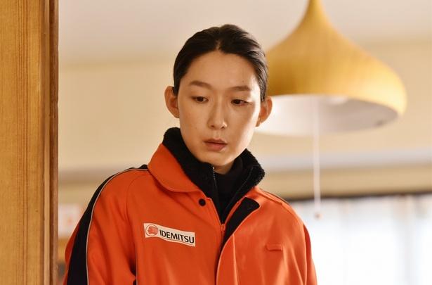 第8話(3月7日放送)では亜乃音(田中裕子)を強く突き放した玲(江口のりこ)