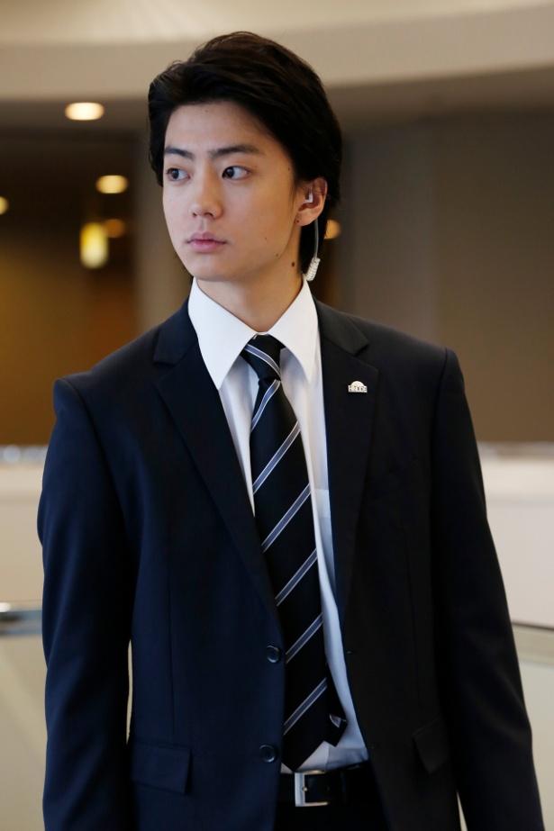 「BG~身辺警護人~」で身辺警護課の新人・新川貴志を演じる健太郎