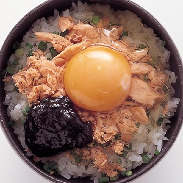 「鮭のり卵丼」