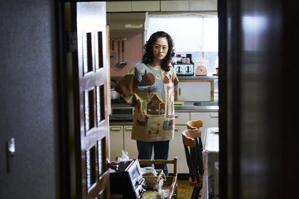 おばさん風チュニック姿の前田敦子、劇中カットを初公開