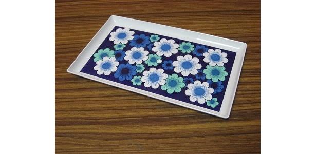 ダイニングテーブルにぴったり! 「花柄ミニトレー」