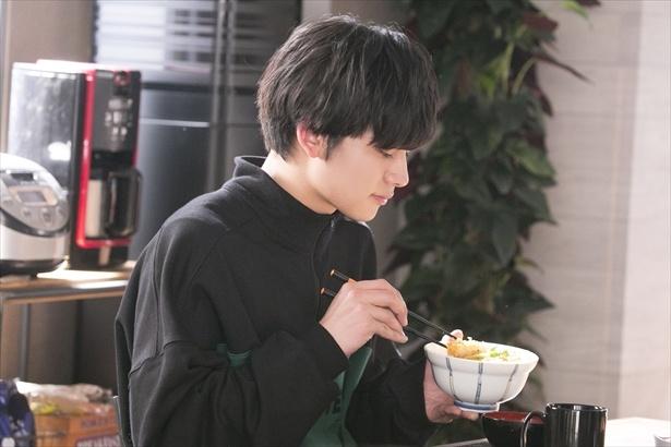 第8話。カツ丼は眞島さんも「おいしいおいしい」と言っていた
