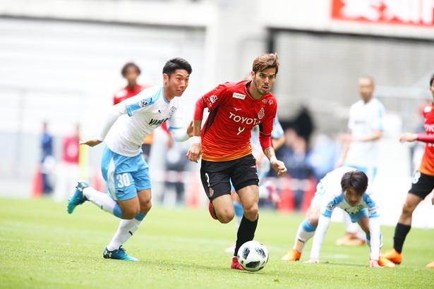 移籍後すぐにチームにフィットしてみせた長谷川アーリアジャスール選手の先発なるか