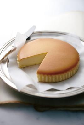 ふんわりしっとりとした味わいが人気のチーズケーキ