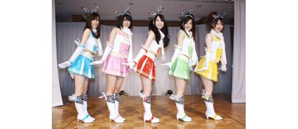 """【写真】結成されたユニット「ゼブラ天使 キュインキュイ〜ン」は""""月から来た、5人の天使のチアガール""""がコンセプト"""