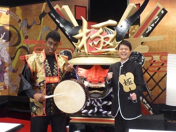 アイクぬわら、増田和也アナウンサー(写真左から)