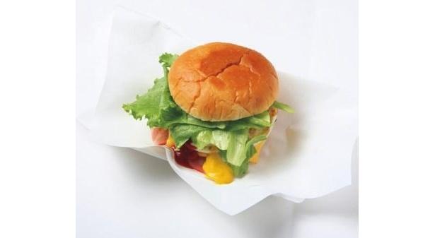 佐世保バーガー「ベーコンチーズエッグバーガー」(450円)