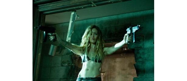 もう一人の女殺し屋・ケイトリン'AK-47'