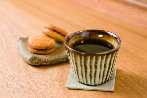 「ふたつぶ 雑貨と喫茶、ときに催し」コーヒー(410円)。糸島にある「Petani Coffee」の豆を使用