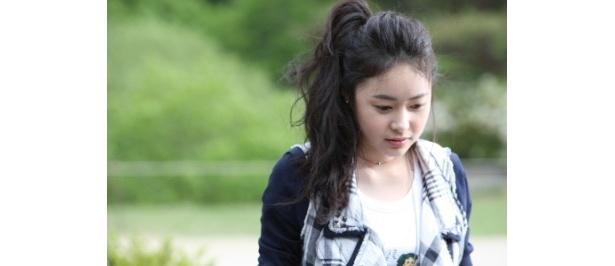 ドラマ「宮S〜Secret Prince」のホ・イジェが逃走を共にする美女役に