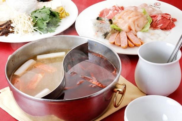 舌が痺れるほど!福岡の激辛好きがリピートする本格四川料理店「中国大明火鍋城」