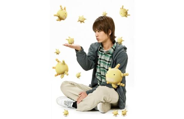 【写真】菌が肉眼で見える主人公・沢木惣右衛門直保を演じるのは中村優一