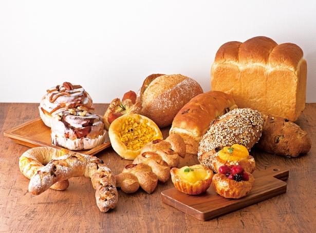 「ルクアフードホール」のラ・プチ~ブーランジェリー~エリアには焼きたてパンも!