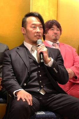 丸藤「自分なりにいろんな思い、考えを持ってこのリングに上がりたいと思います。必ず優勝する。その中でも秋山さんに勝たなければ意味がないと思っています」