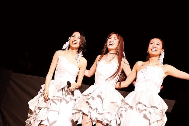 10周年記念ライブまでの半年間の舞台裏と武道館でのライブの模様を収録