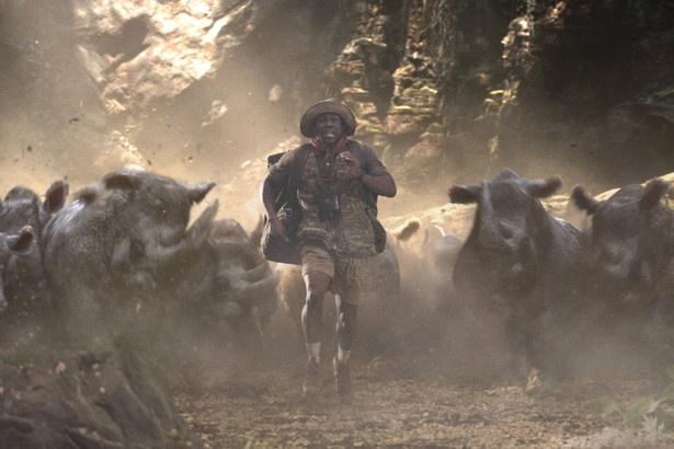 スキルやアイテム、3つのライフを効果的に使い難関ステージを進みます。バイカー軍団や、サイやらワニやらジャングルの猛獣と険しい大自然が、4人の行方を阻む!