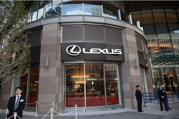東京ミッドタウン日比谷からの「LEXUS MEETS...」外観