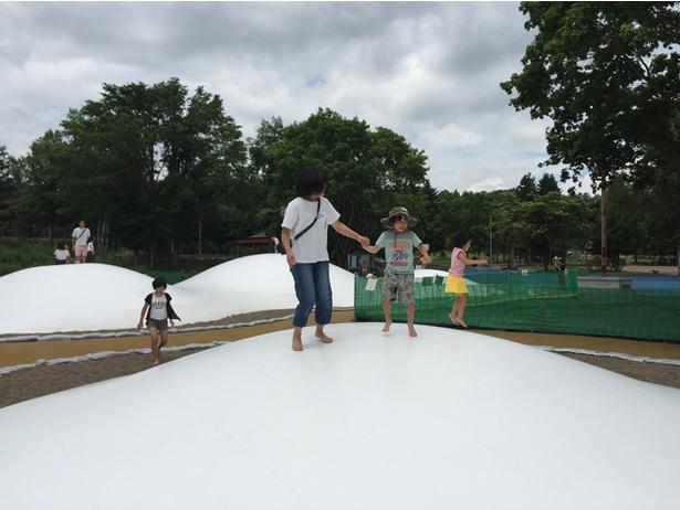 子供たちにも人気の里見が丘公園のふわふわドーム