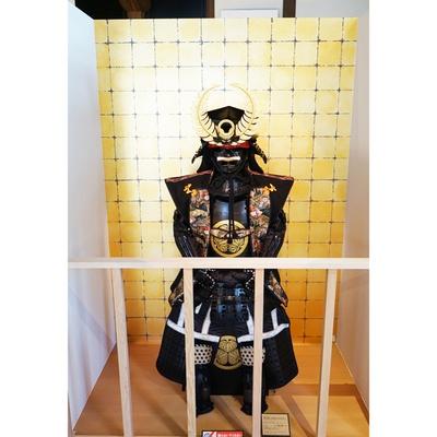 「徳川家康 大黒頭巾 当世具足写し」(86万4000円)/おみやげ なごみや