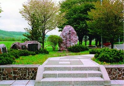 「日本の道百選」「さくら名所100選」「新・日本街路樹100選」「北海道遺産」などに選ばれている名所