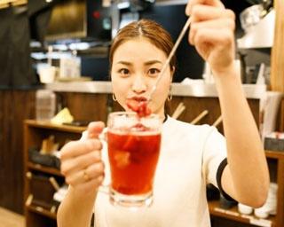 「カウンター博多もつ鍋おおやま」(B1)は、グループ店で唯一のカウンタースタイル
