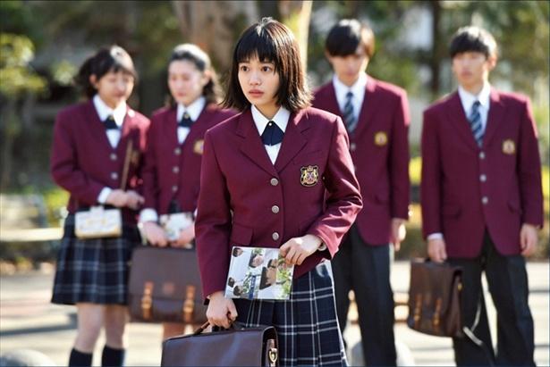 杉咲花がイケメンに囲まれるヒロインを熱演「花のち晴れ―」に注目!