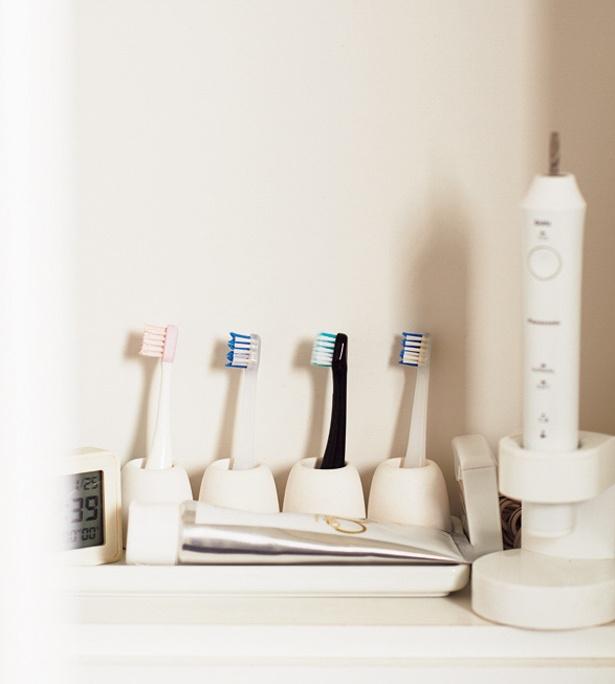 電動歯ブラシでの歯磨きは、ママがトップバッター