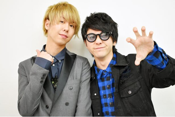 福岡キャンペーン中のMrs. GREEN APPLE 大森元貴(右)と藤澤涼架(左)