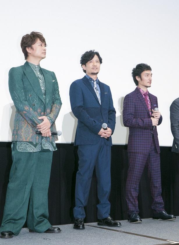 映画「クソ野郎と美しき世界」公開初日の舞台挨拶に登壇した香取慎吾、稲垣吾郎、草なぎ剛(左から)