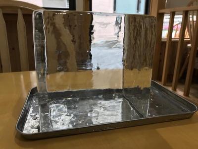 今年の新しい富士山の天然氷を使用している