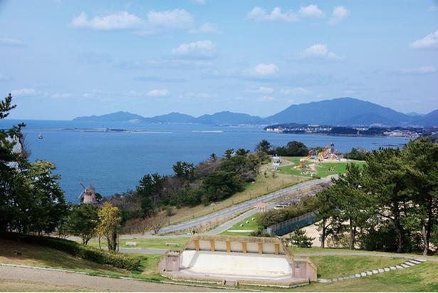 「老の山公園」。高さ106mの山ながら視界はダイナミック