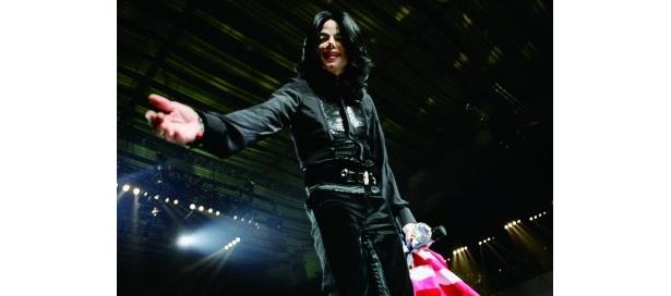 『マイケル・ジャクソン キング・オブ・ポップの素顔』は6月25日(金)より、新宿ピカデリーほか全国ロードショー
