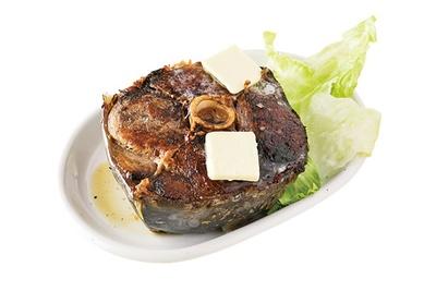 「まぐろステーキ」(400円)/種よし