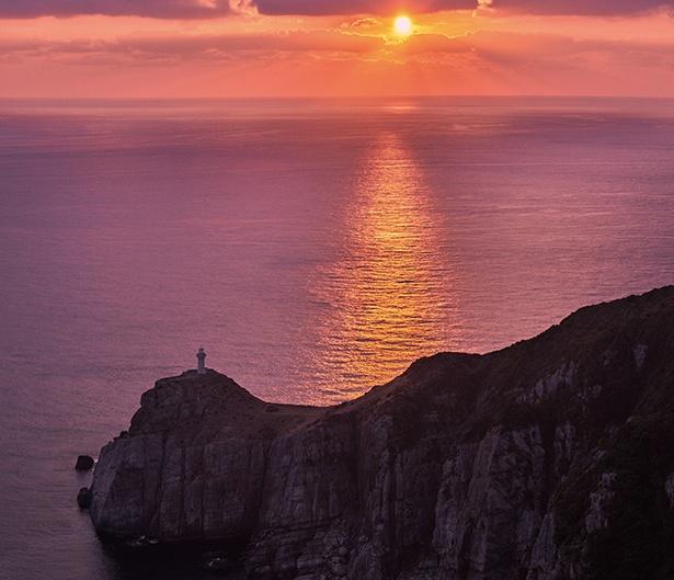 心揺さぶる絶景が目の前に!「下五島」の自然美を体感