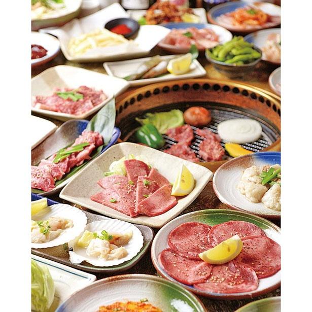 2時間勝負の食べ飲み放題では、肉、海鮮、野菜と順番に食べれば飽きもこない!/焼肉のかわよし 本店