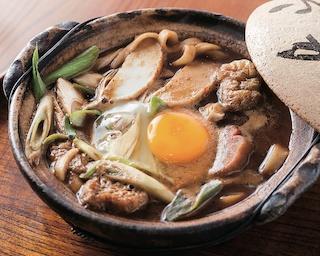 味噌文化の街・名古屋を代表するフード・味噌煮込みうどん