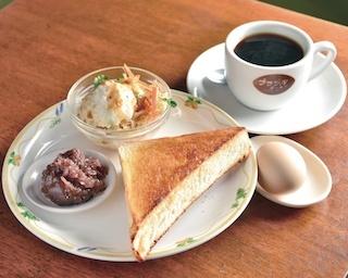 コーヒー1杯で朝食もついてくる!?モーニング