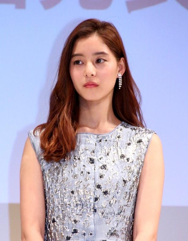 女優・モデルの新木優子がInstagramを更新