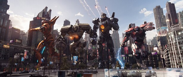 最新型の人型巨大兵器=イェーガーが多数登場するなど、特撮ファンは大興奮間違いなし!(『パシフィック・リム:アップライジング』)
