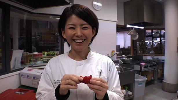 4月17日(火)放送の「セブンルール」(フジテレビ系)では、イチゴ研究家の渡部美佳さんに密着
