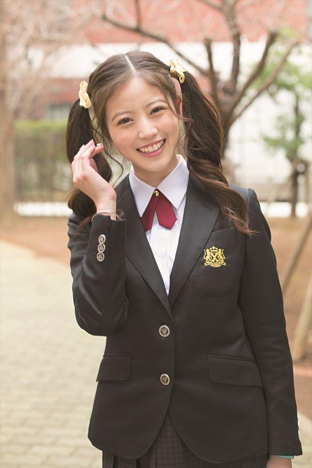 【写真を見る】「超絶かわいい」と話題にもなったツインテール姿の今田美桜