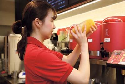 茶葉の抽出やトッピングの仕込みなどは、すべて店舗で行っている/ゴンチャ