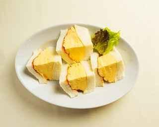 「マドラグ」 の コロナの玉子サンド Full (税抜850円)