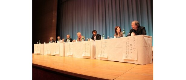 イタリア映画界を代表する7人の監督が登壇