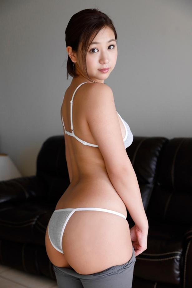 佐山彩香 DVD インスタ Fカップ グラビアアイドル